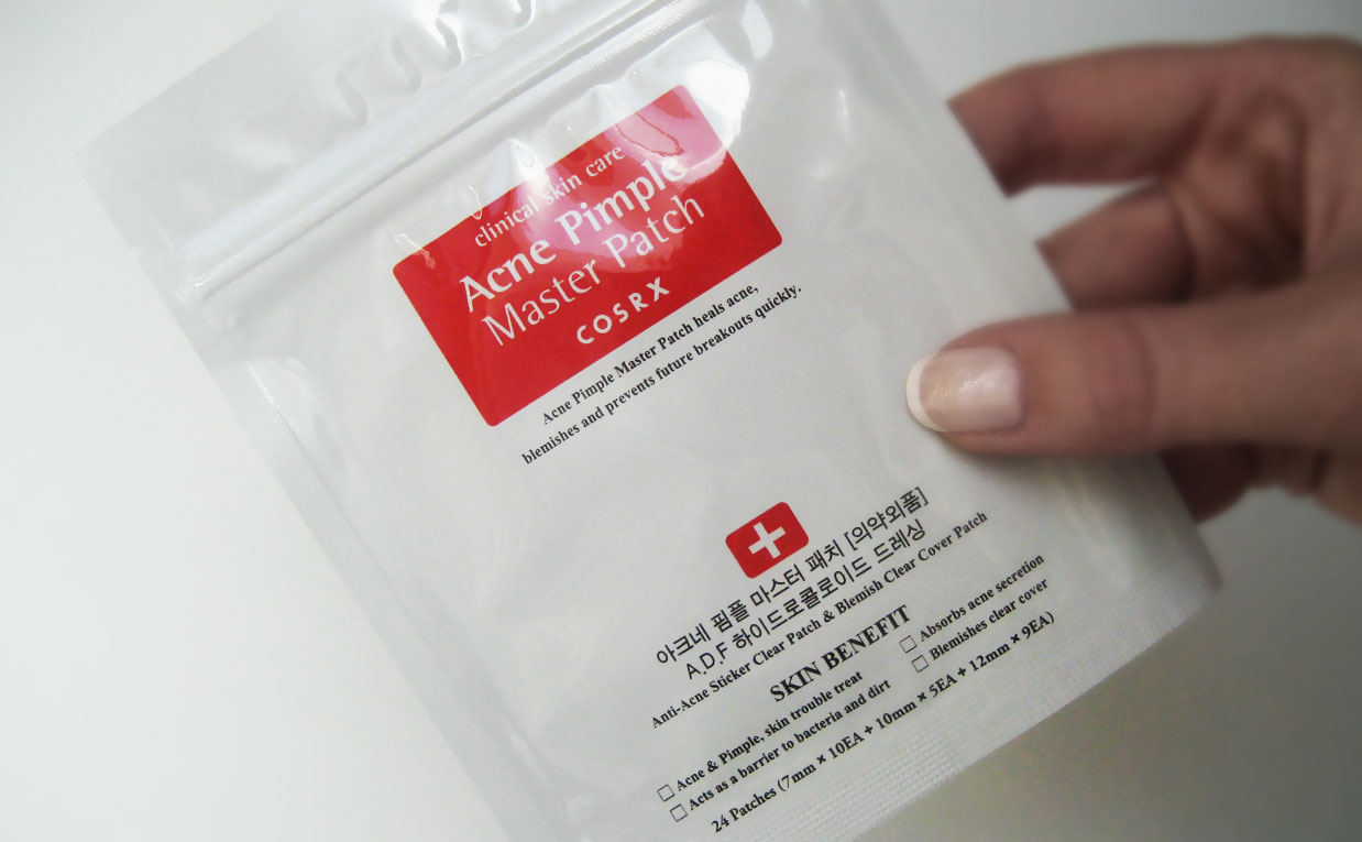The last package from Korea was the Cosrx Acne Pimple Master Patch treating pimples spots korean skin care K-beauty Europe