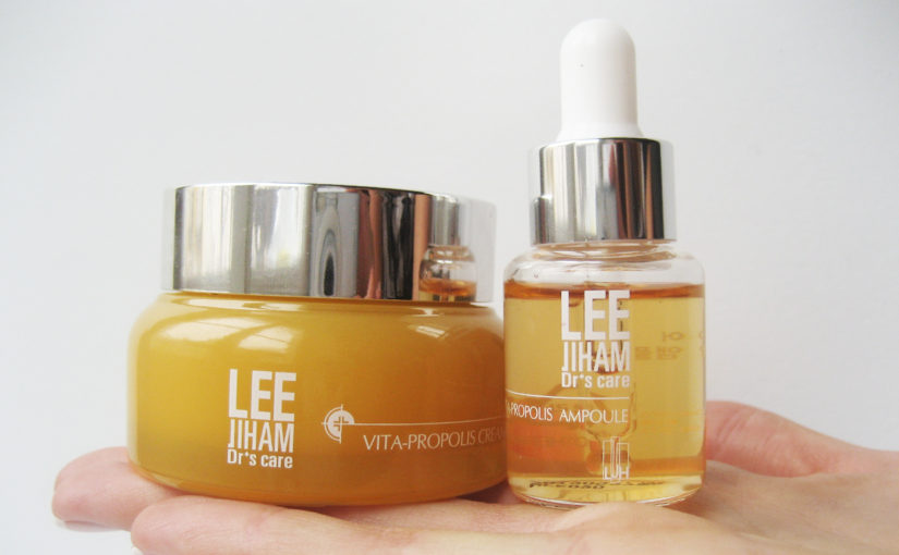 I recommend the Glow Kit from Korean brand LJH Lee Jiham Propolis line from Korea. Korean skin care K-beauty Europe
