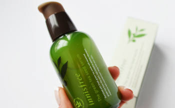 Buy Innisfree Green Tea Seed Serum from Korea acne combination skin K-beauty webshop
