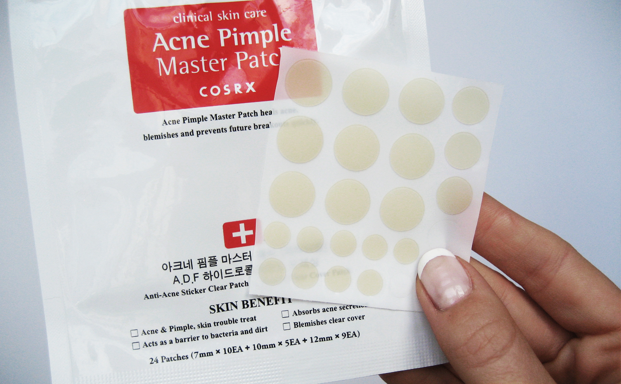 COSRX Acne Master Pimple Patch helps healing pimples & blemishes faster product from Korea. Korean skin care K-beauty Europe