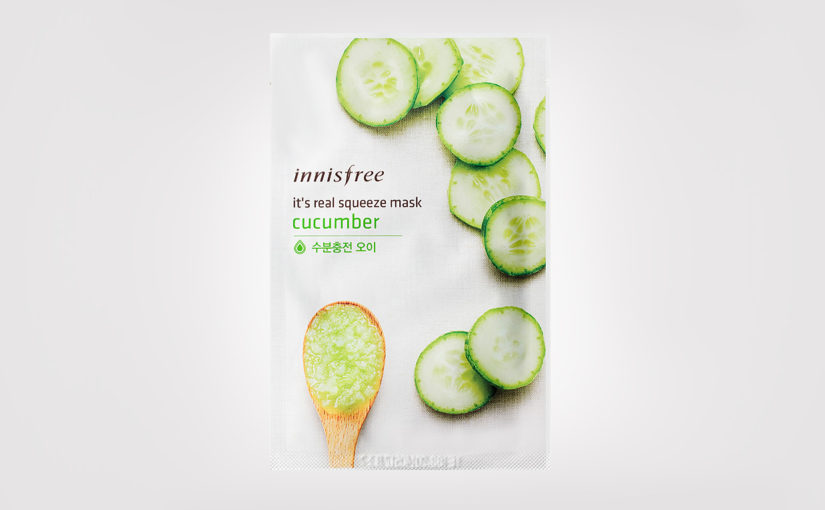 First impression review Innisfree It's Real Squeeze Mask Cucumber sheet mask from Korea Korean skin care K-beauty Europe Blog