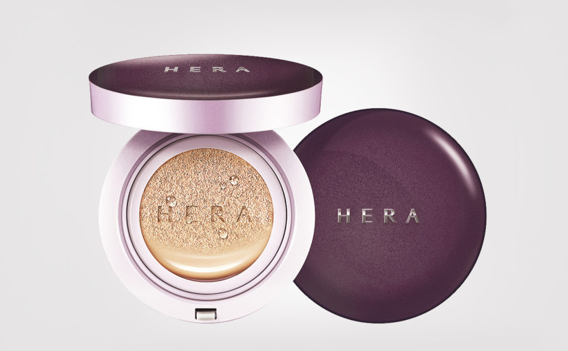 First impression review HERA UV Mist Cushion Ultra Moisture SPF 34 / PA ++ cushion foundation from Korea K-beauty Blog Europe