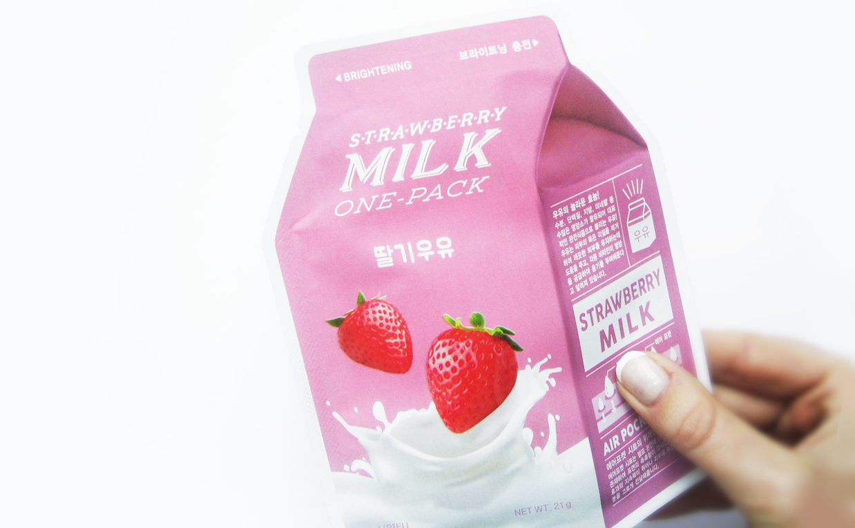 First impression review A'PIEU Strawberry Milk One Pack Mask sheet mask from Korea Korean skin care K-beauty Blog Europe