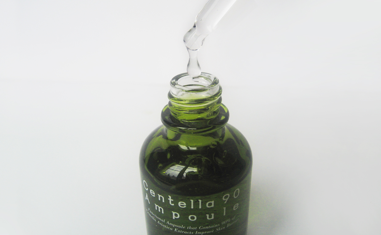 First impression review PureHeal's Centella 90 Ampoule serum from Korea. Korean skin care K-beauty Blog Europe