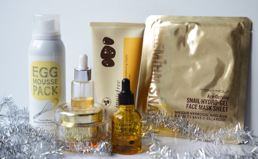 Merry Christmas from K-beauty Blog Europe all about Korean skin care and makeupMerry Christmas from K-beauty Blog Europe all about Korean skin care and makeup