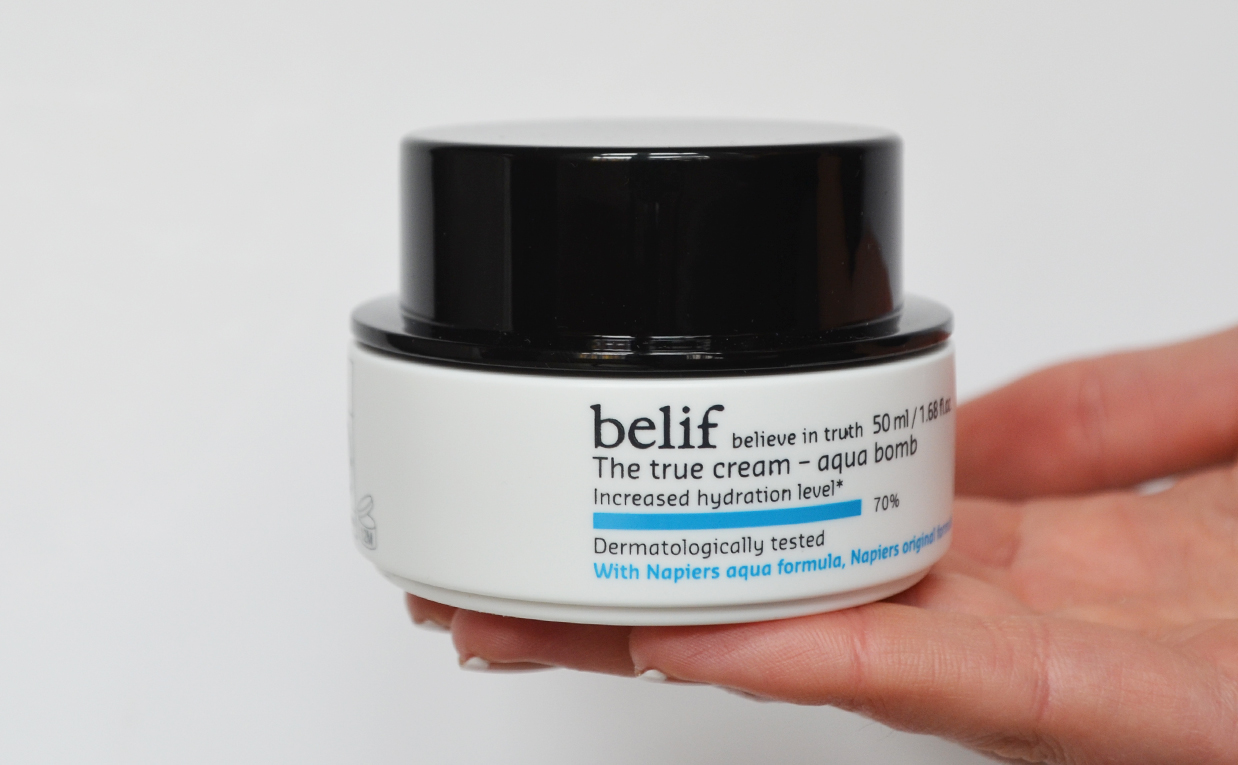 First impression review Belif The True Cream Aqua Bomb from Korea Gel Cream Oily Combination Skin Korean Skin Care K-Beauty Blog Europe