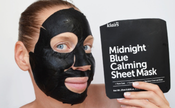 Review Klairs Midnight Blue Calming Sheet Mask from Korea Sensitive Skin Acne Korean skin care K-Beauty Blog Europe