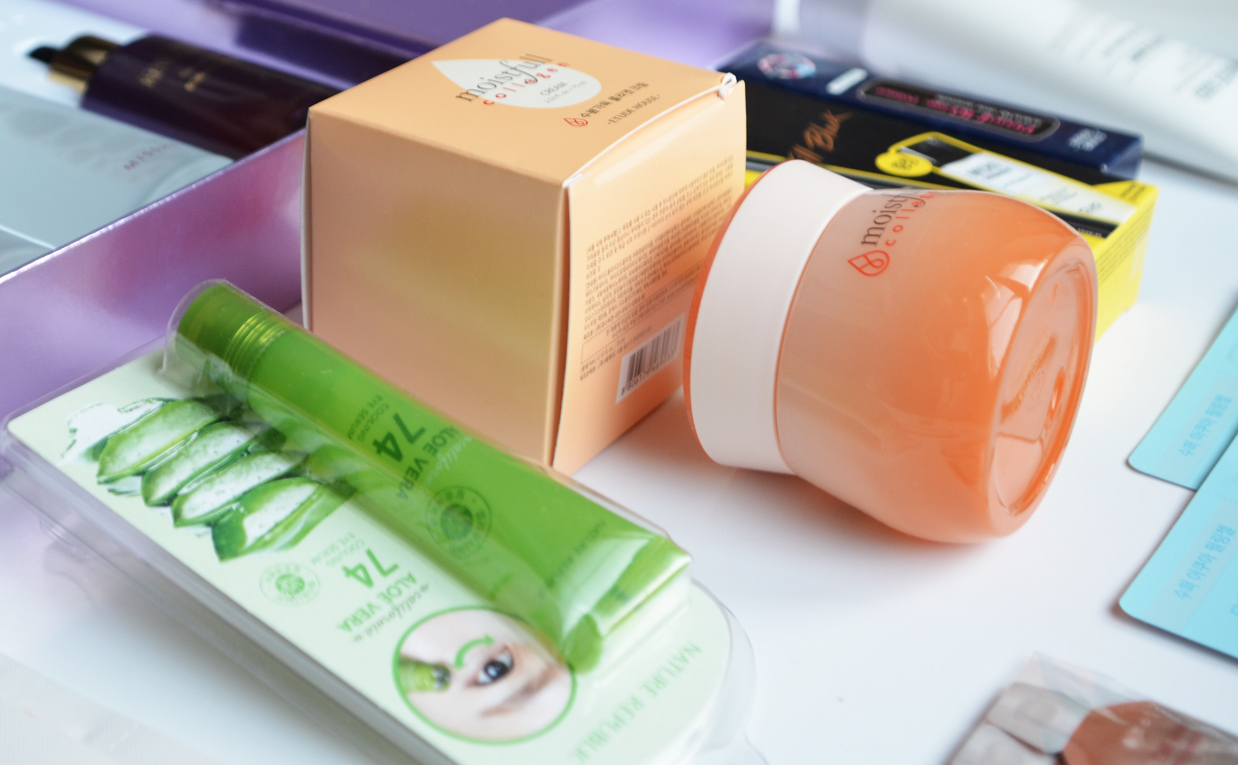 Delivery directly from the stores in Korea Seoul. K-beauty HAUL! Korean skin care K-beauty Blog Europe