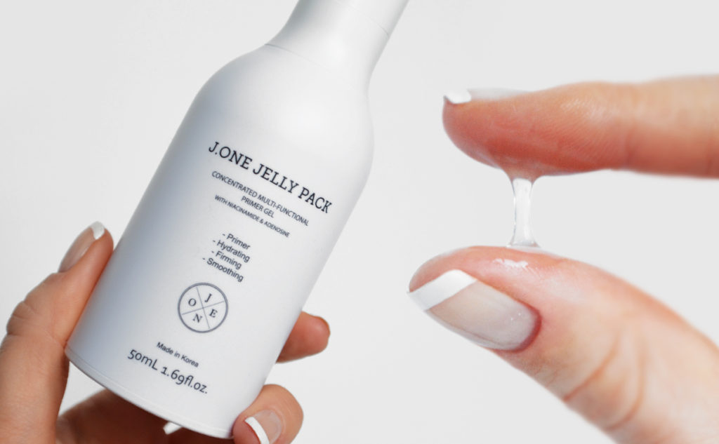 Review J.ONE Jelly Pack primer anti-age smooths out pores firming base for makeup Korean skin care K-beauty Blog Europe