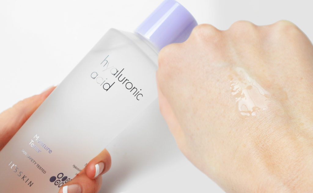 Review It's Skin Hyaluronic Acid Moisture Toner from Korea Korean Skin Care K-beauty Blog Europe