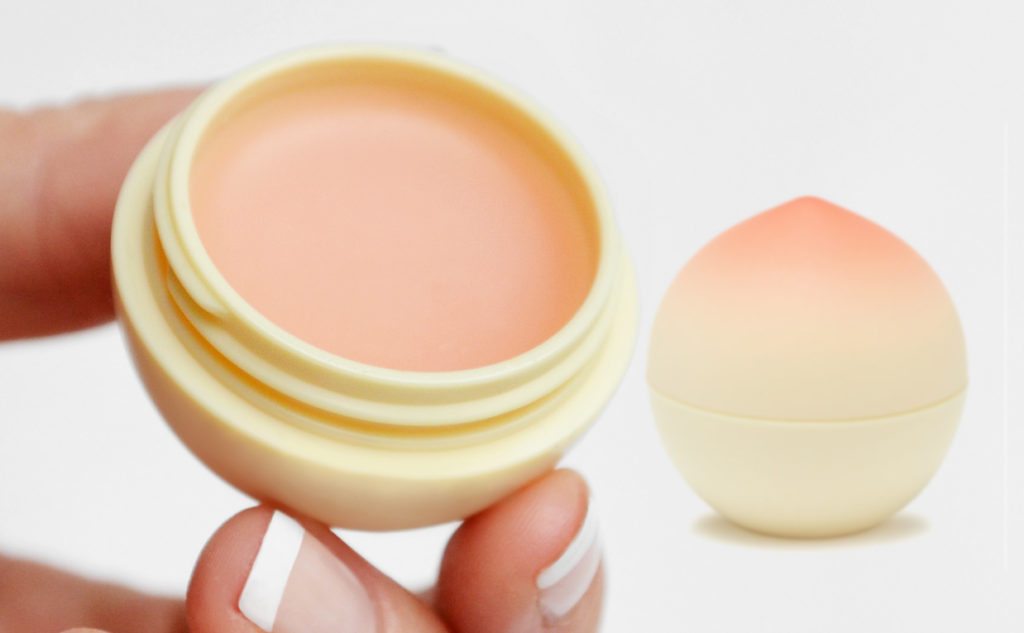 Review Tonymoly Magic Food Mini Lip Balm Peach fruit lip balm peach from Korea K-beauty Blog Europe