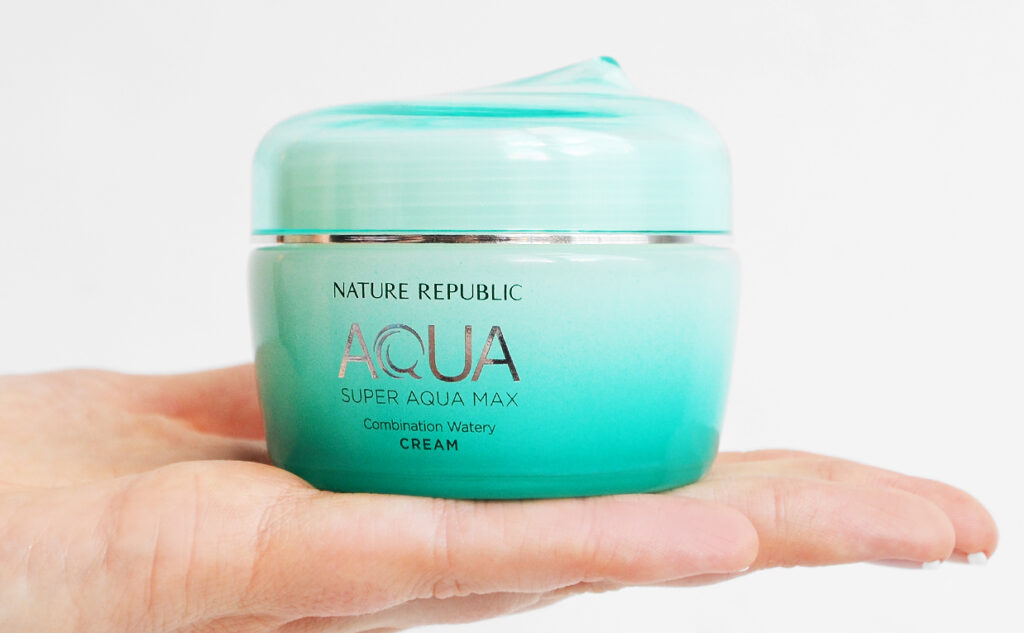 Review Nature Republic Super Aqua Max Combination Watery Cream face cream from Korea combination skin K-beauty Blog Europe