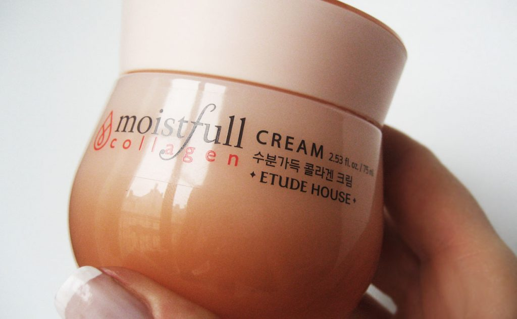 Video recension för Etude House Moistfull Collagen Cream. Ansiktskräm Koreansk hudvård K-beauty Sverige