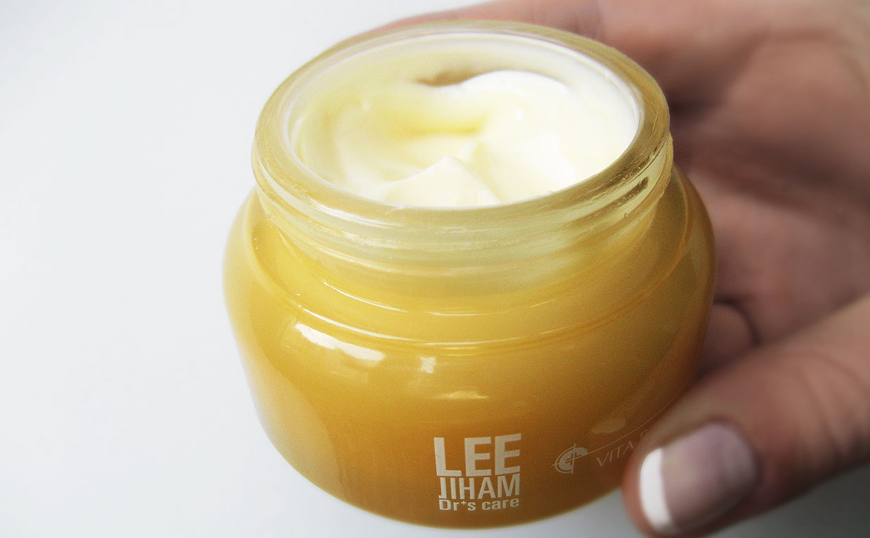 First impression recension LJH Lee Jiham Vita Propolis Cream ansiktskräm från Korea Koreansk hudvård K-beauty Sverige