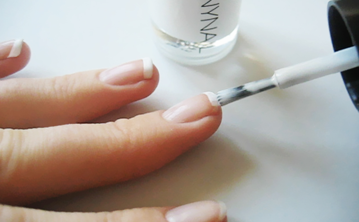 First impression recension Tonymoly Tonynail Nail Polish #D33 True white nagellack från Korea K-beauty Sverige