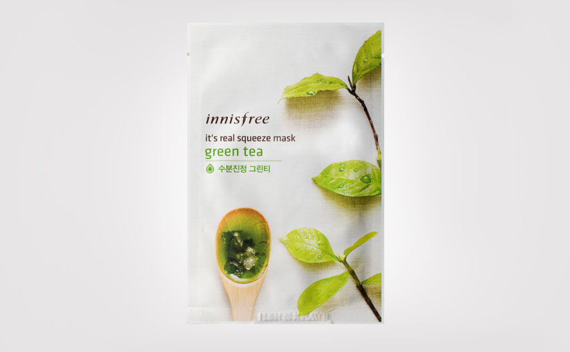 first impression recension Innisfree It's Real Squeeze Mask Green Tea sheet mask från Korea Koreansk hudvård K-beauty Blogg Sverige