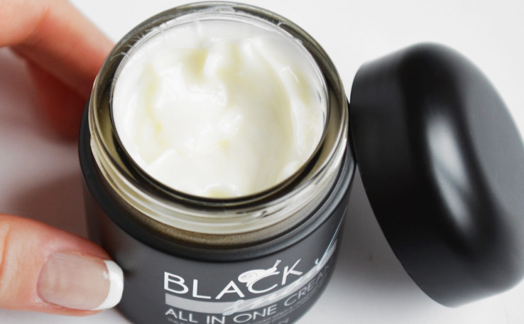 Mizon Black Snail All-in-One Cream snigelkräm från Korea Koreansk hudvård K-beauty Sverige