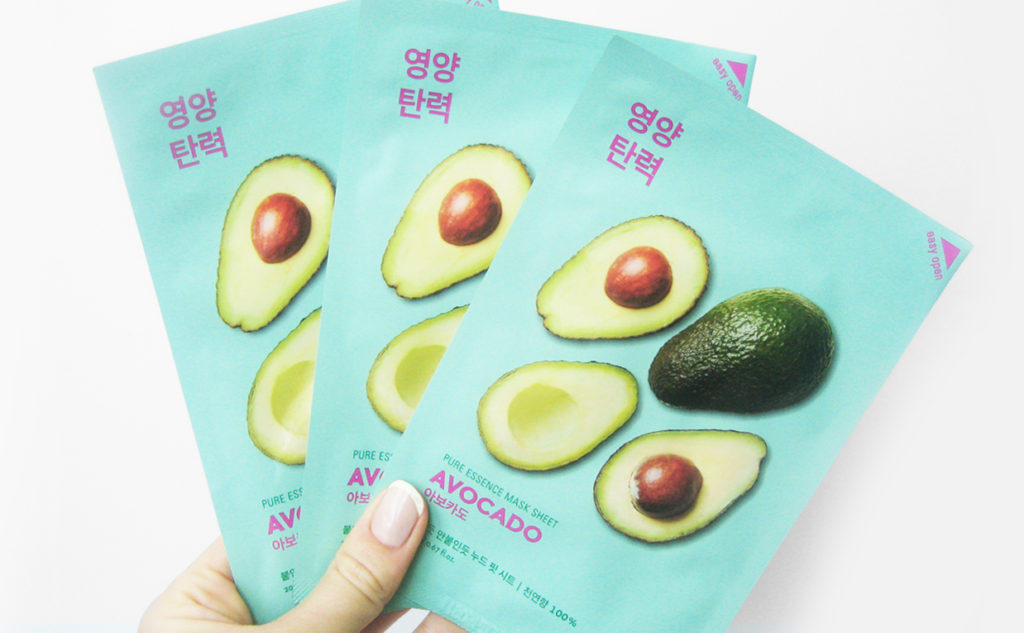 Recension Holika Holika Pure Essence Mask Sheet Avocado sheet mask Koreansk hudvård K-beatuy Blogg Sverige